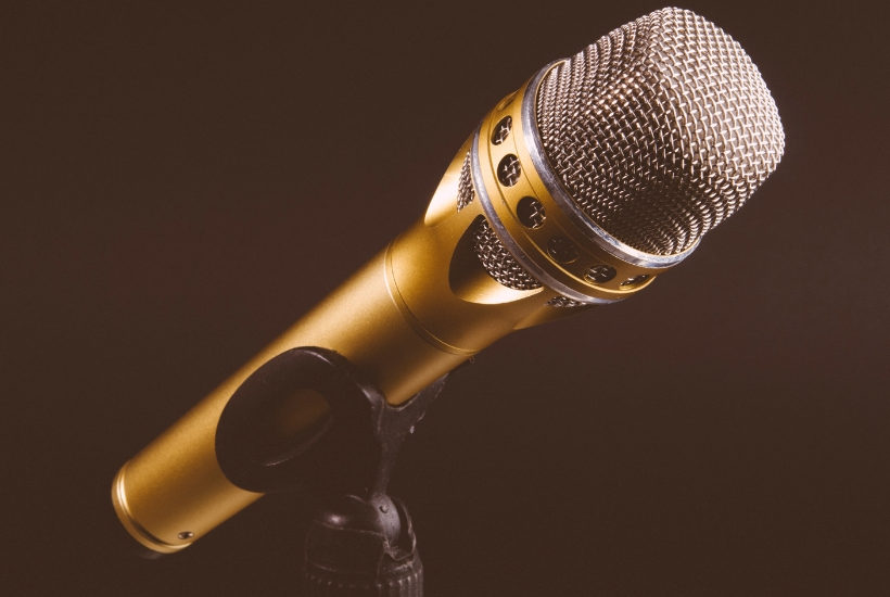Microphone for the best massage podcast